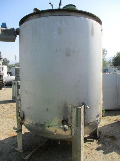 4000 GALLON (APPROX) STAINLESS STEEL MIXING VESSEL IN EXCELLENT CONDITION