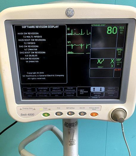 Gebraucht GE Dash 4000 Patientenmonitor auf Trolley mit 10-adriges EKG Kabel, Manschette, Fingersensor