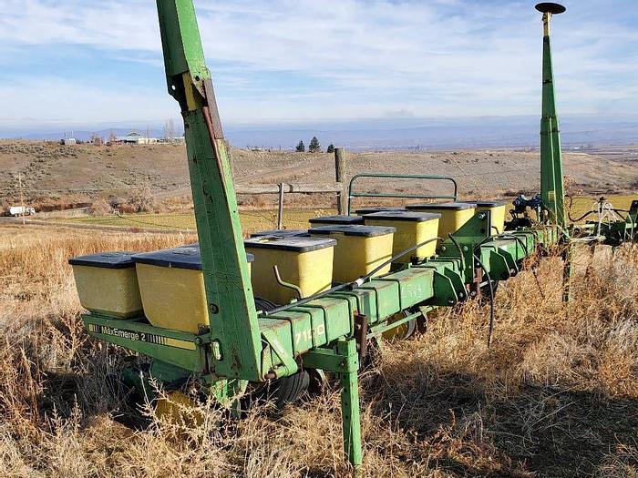 Used 6R30 John Deere 7100 Planter