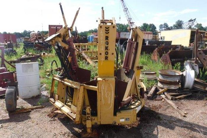 Powell Roker Tree Spade 3230