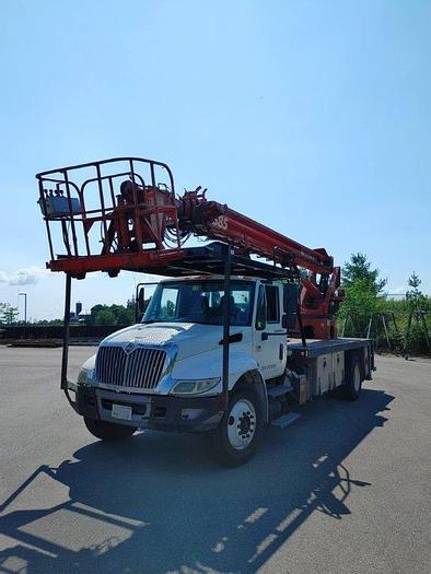 Used Elliott G85R Sign Crane on a 2007 International 4300 Flat Bed Truck - M28079