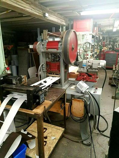 Used Die Cutting Stamping Press with Rapid Servo Stock Feed Automatic Diecut