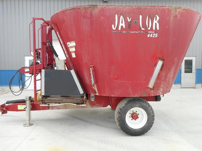 Used JAY LOR 4425 Vertical TMR Mixer