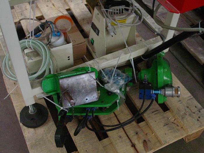 Gebraucht SCHÄFFER   Ösen- u. Hakeneinsetzmaschine