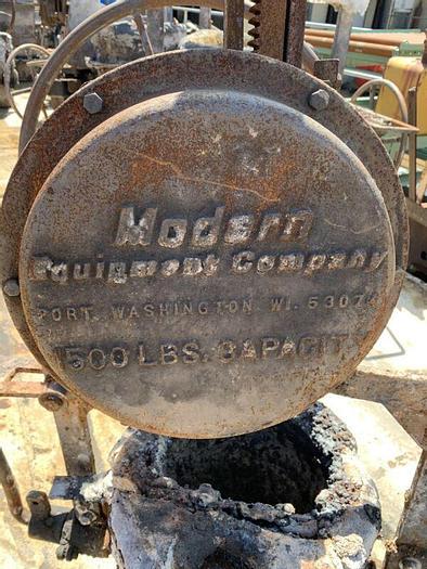 Used Industrial Die Cast Foundry Ladle / Bowl Tipping Ladle Vintage Industrial
