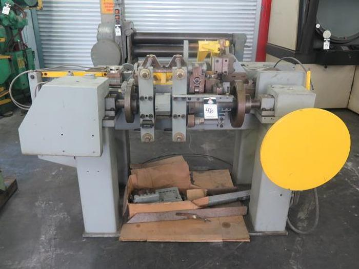 Multi-Slide Wire Former;