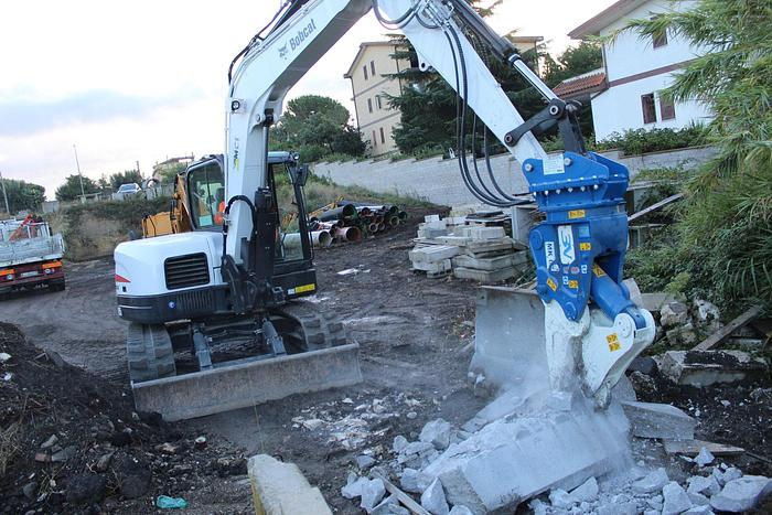 Trevi Benne FR 10 per escavatori 13/20 ton