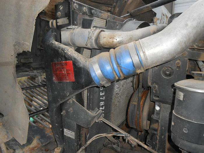 Used 2002 INTERNATIONAL 9900i