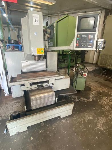 Used 1991 Bridgeport Interact 300 CNC Toolroom Milling Machine