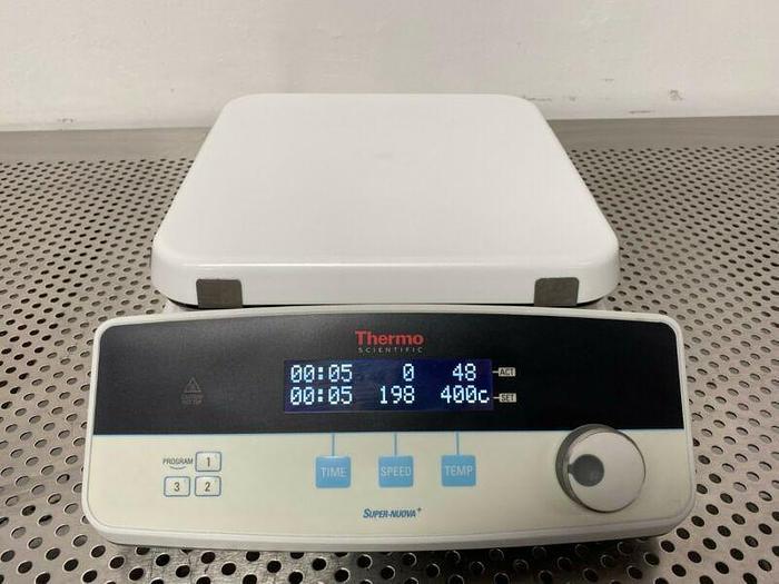 "Used Thermo Scientific SP88850190 Super-Nuova+ 10"" x 10"" Stirring Hotplate"