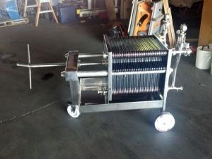 new stock - 40cm x 40cm filter (30 plates)