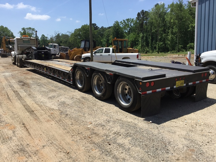 2000 Eager Beaver  50 ton lowboy