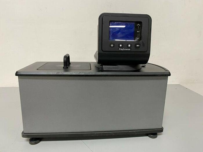 Used PolyScience AD07H200-A13D 7 Liter Digital Heated Circulator Bath Max Temp 200° C