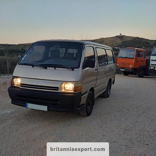 Used 1992 TOYOTA Hiace H15 9 seats minibus