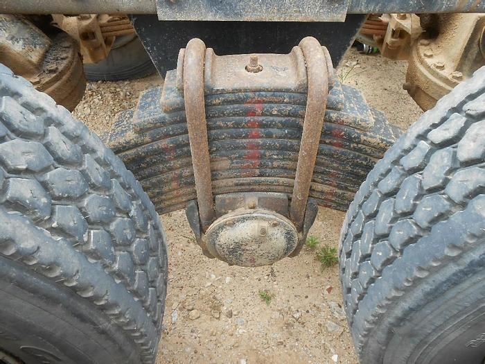 Used 1988 Mack RD690S