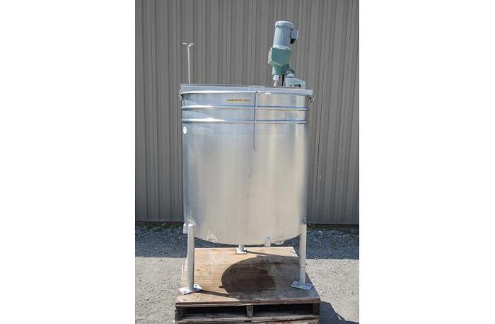 USED 300 GALLON TANK, STAINLESS STEEL, WITH CLAMP-ON MIXER