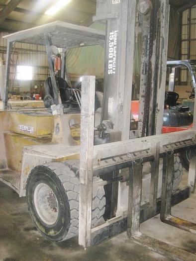 Used 1997 CAT 15,000 lb Forklift