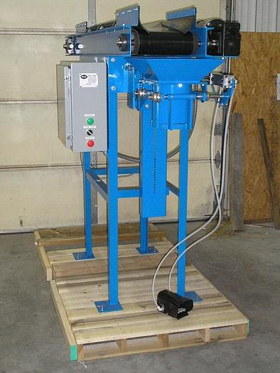 Used NEW OPEN MOUTH BAGGER WITH CONVEYOR FEED – MECHANICAL WEIGHING (#9781)