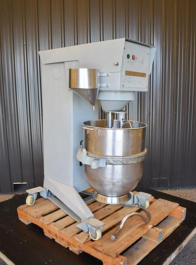 USED BEAR R100 VARIMIXER WITH SCRAPER, 100 QUARTS