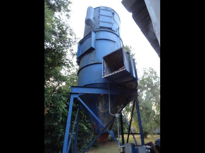 Used Carter Day 124RF6 Dust Collector
