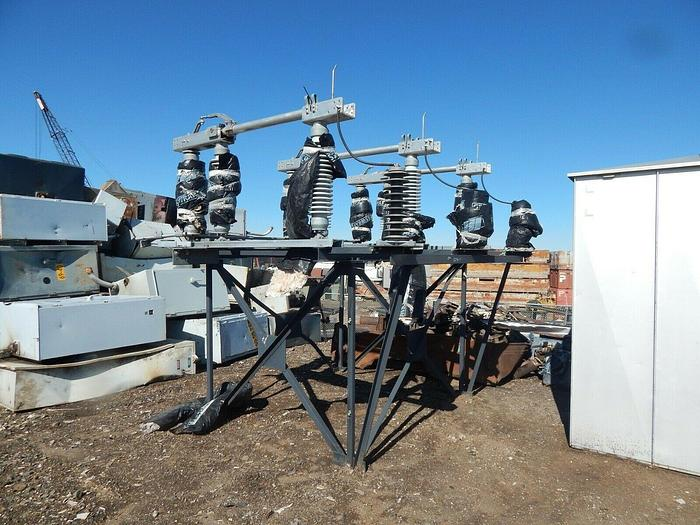 2014 Turner Electric  72.5kv,  Cat # TMX06912 Air Break Switch