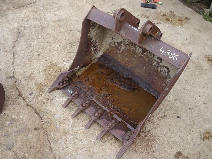 Digger Bucket 920 mm