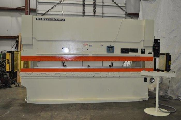 Used 121 TON x 13´ KOMATSU CNC HYDRAULIC PRESS BRAKE