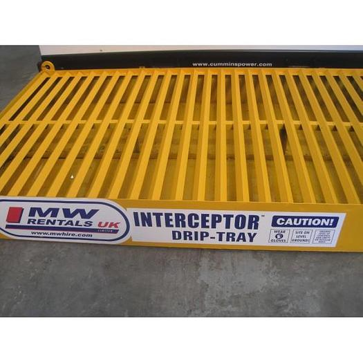 Interceptor drip tray