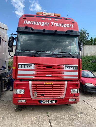 2002 DAF 95.480 XF 6x2 EURO 3 MANUAL 10 TYRES
