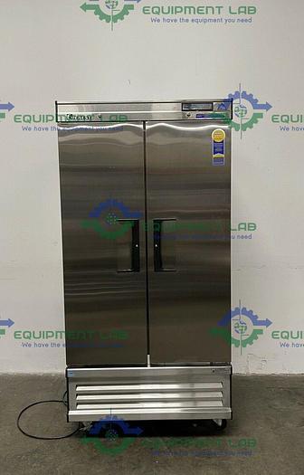 Used Everest EBNR2 Reach-In Refrigerator 0 to 12C°,115V