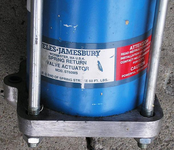 Neles-Jamesbury Spring Return Actuated 2 Inch Valve New Surplus 29150312236MTT 316 Stainless Steel Ball/Stem: