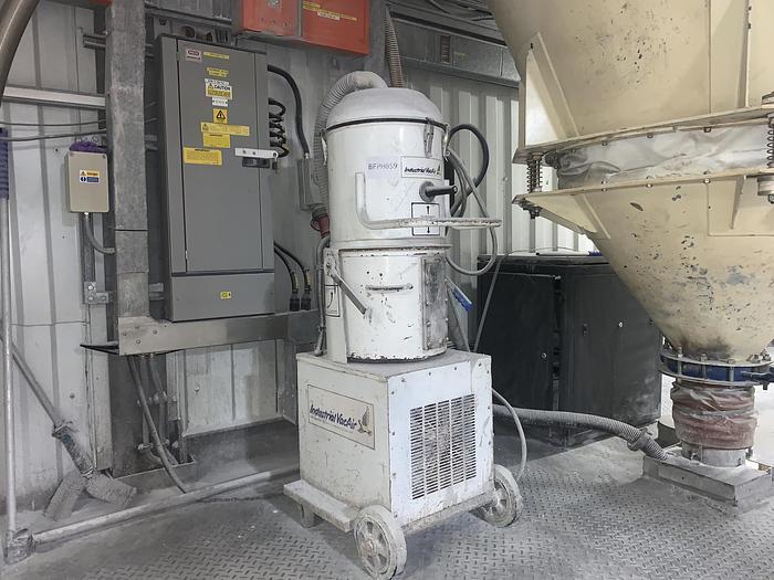 Used INDUSTRIAL VAC AIR   Industrial Vacuum Cleaner