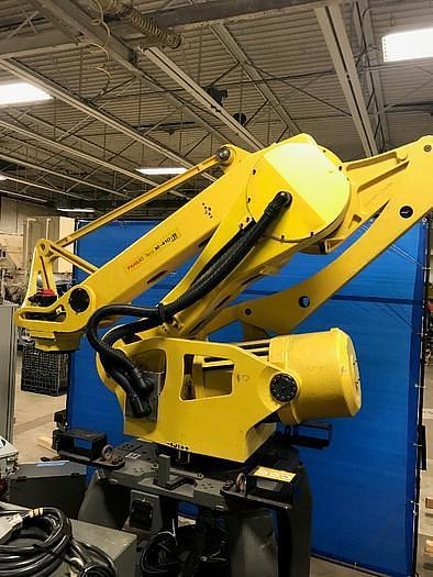 2004 FANUC M410iB/450 CNC 4 AXIS PALLETIZING ROBOT ON STAND UNIT