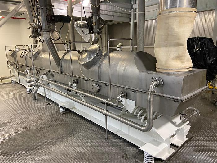 """Used 24"""" x 30' CARRIER FOOD GRADE VIBRATING FLUID BED DRYER WITH STEAM HEATER COILS"""