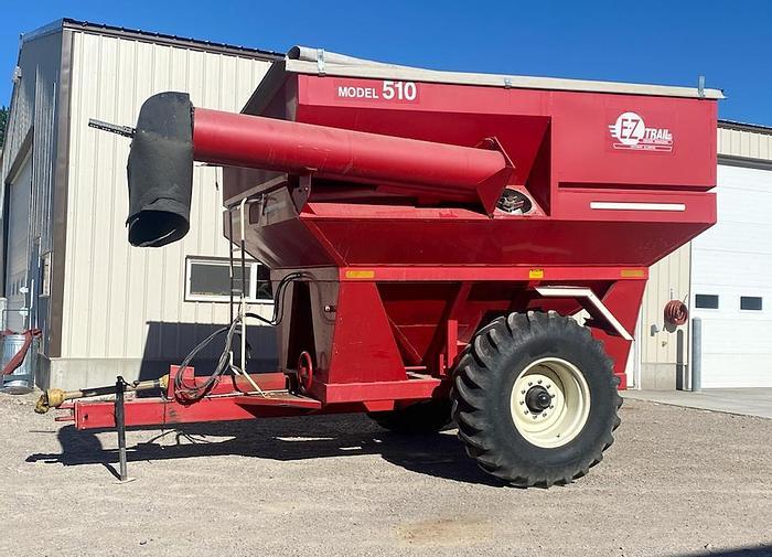 Used EZ Trail 500 Grain Cart