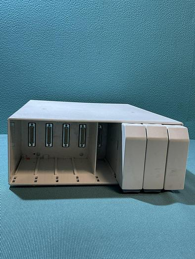 Gebraucht GE F-CU8-11-VG1 Module Rack mit 3 leere Module