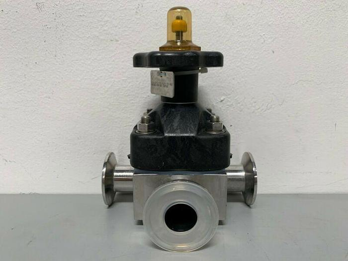 """Used ITT Pure-Flo CWP150 3-way Stainless Steel Diaphragm Valve w/ 1"""" Sanitary Fitting"""