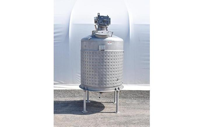 USED 800 GALLON JACKETED TANK, 304 STAINLESS STEEL, WITH MIXER