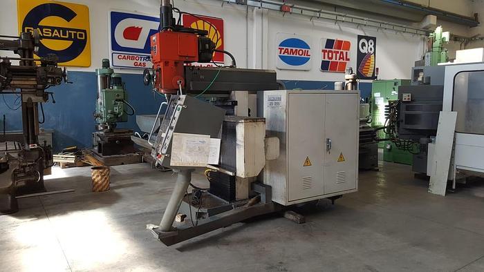 FRESATRICE VERTICALE RAMBAUDI RU 800 CNC