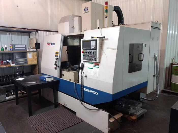 Used 2004 DAEWOO DMV3016 CNC Mill