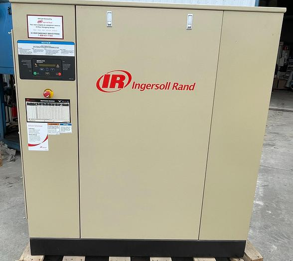 Used 100 HP INGERSOLL RAND SSR-XF100 ROTAY SCREW AIR COMPRESSOR NEVER USED