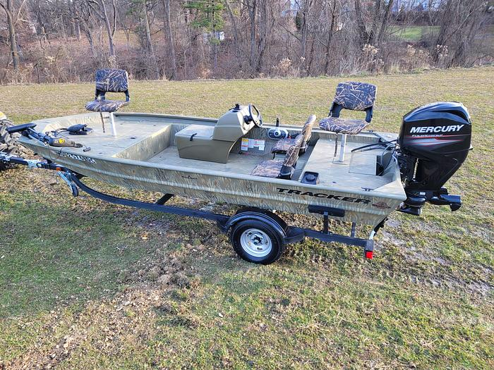 Used 2019 Bass Tracker Grizzly 1754MVX