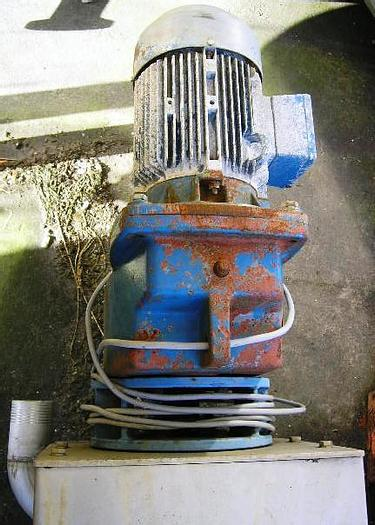 Used Horizontal SPIRAC shaftless normal steel conveyor, type U320 SS2333. Year 1993.