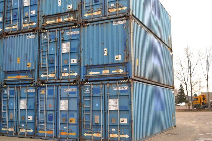 30 'Container 9' Bulk Pallet-wide