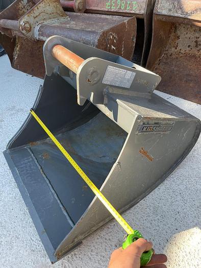 Gebraucht Kinshofer 50 cm Tieflöffel mit Lehnhoff MS01 Aufnahme