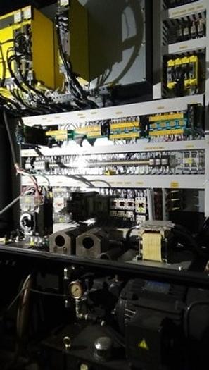 """15"""" HYUNDAI WIA LV500L CNC Vertical Turret Lathe, Fanuc 32i A CNC, 2012"""