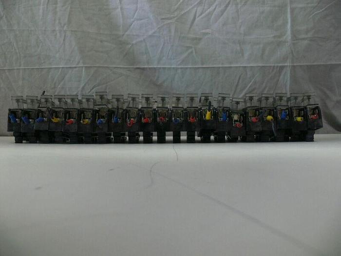 Used Lot of 21 Ferraz Shawmut 1-Pole Fuse Holder 30321 w/ 600V 30A Fuses