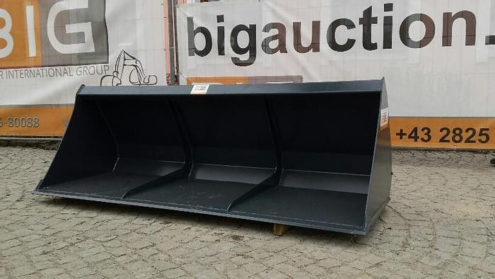 Leichtgutschaufel 220 cm passend zu JCB 520-50 Aufnahme