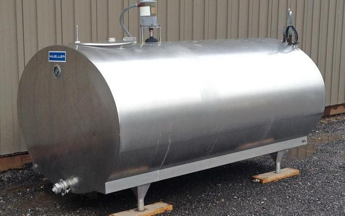 USED 600 GALLON JACKETED TANK, STAINLESS STEEL, SANITARY, HORIZONTAL