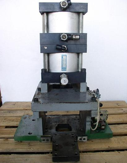 Used Duramaster Model DS2P8002/02ME3C1 Pneumatic Press